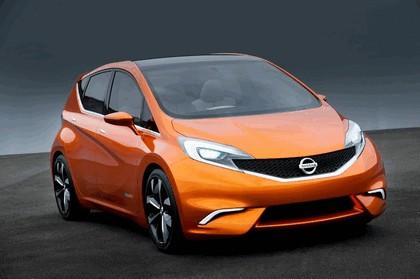 2012 Nissan Invitation concept 16