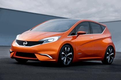 2012 Nissan Invitation concept 17