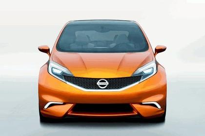 2012 Nissan Invitation concept 31