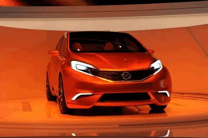 2012 Nissan Invitation concept 34