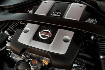 2013 Nissan 370Z 27
