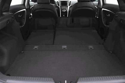 2012 Hyundai Elantra GT 29