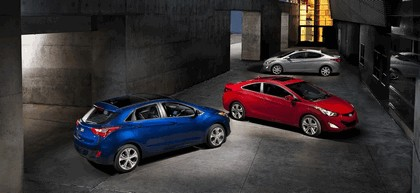 2012 Hyundai Elantra Coupe 12