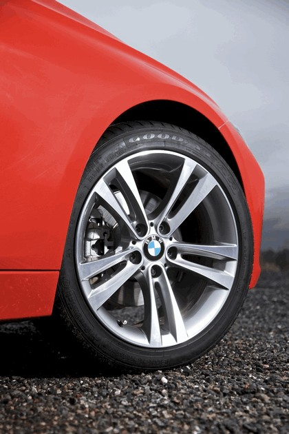 2012 BMW 320d Sport - UK version 23