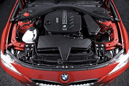 2012 BMW 320d Sport - UK version 28