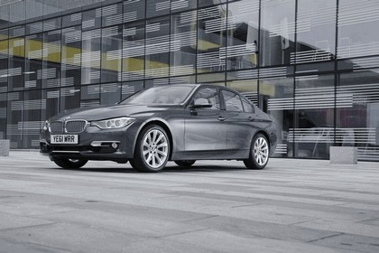 2012 BMW 328i Modern - UK version 3