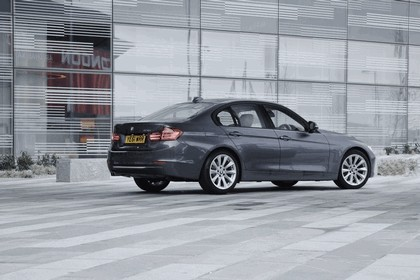 2012 BMW 328i Modern - UK version 12