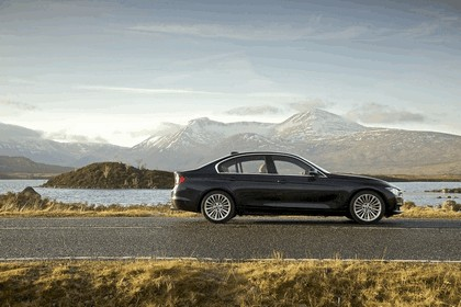 2012 BMW 335i Luxury - UK version 22