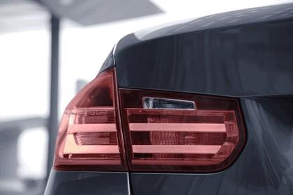 2012 BMW 335i Luxury - UK version 26