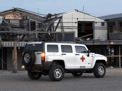 2006 Hummer H3 American Red Cross 4