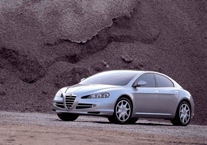 2004 Alfa Romeo Visconti concept by Italdesign 1