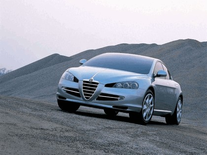 2004 Alfa Romeo Visconti concept by Italdesign 2
