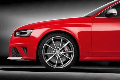 2012 Audi RS4 Avant 13