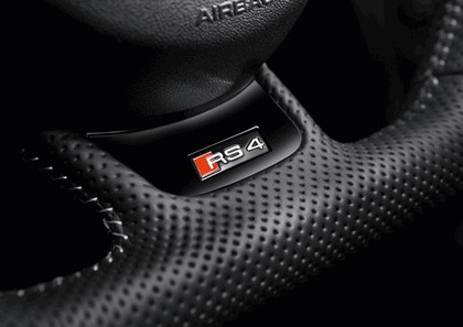 2012 Audi RS4 Avant 31
