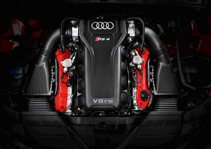 2012 Audi RS4 Avant 35