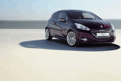 2012 Peugeot 208 XY concept 4