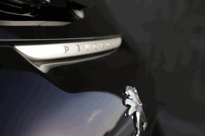 2012 Peugeot 208 XY concept 12