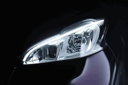 2012 Peugeot 208 XY concept 13
