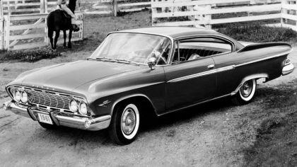 1961 Dodge Dart Phoenix 2-door hardtop 9