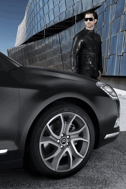 2011 Citroen C5 série noire 13