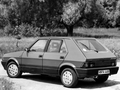 1985 Fiat Ritmo 5-door 2