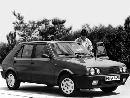 1985 Fiat Ritmo 5-door 3