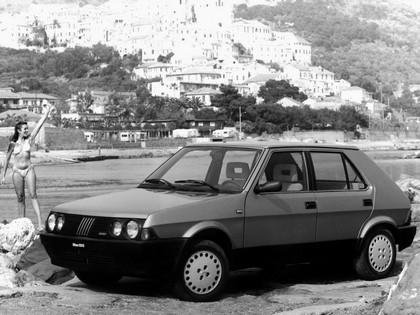 1985 Fiat Ritmo 5-door 4