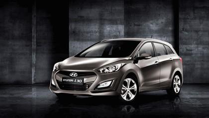 2012 Hyundai i30 wagon 1