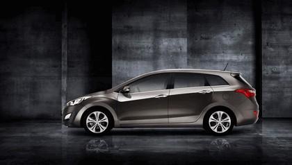 2012 Hyundai i30 wagon 2