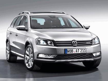 2012 Volkswagen Passat Alltrack 1