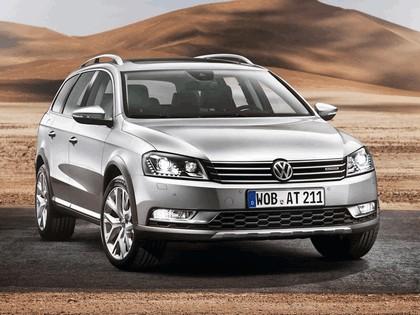 2012 Volkswagen Passat Alltrack 4