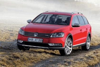 2012 Volkswagen Passat Alltrack 11