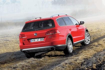 2012 Volkswagen Passat Alltrack 12