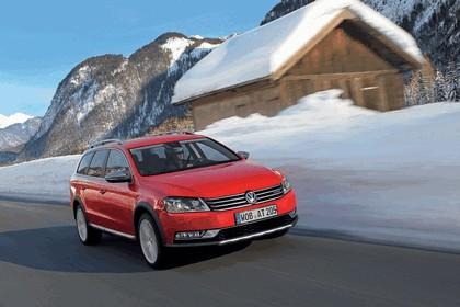 2012 Volkswagen Passat Alltrack 13