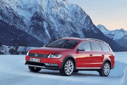 2012 Volkswagen Passat Alltrack 24