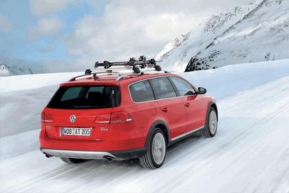 2012 Volkswagen Passat Alltrack 32