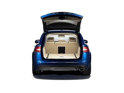 2012 Jaguar XF Sportbrake 4