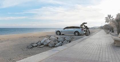 2012 Jaguar XF Sportbrake 13