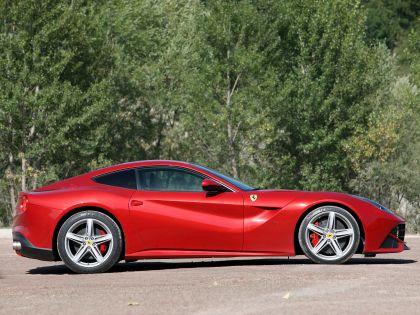 2012 Ferrari F12berlinetta 32