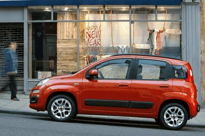 2012 Fiat Panda - UK version 16