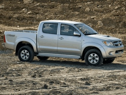 2005 Toyota Hilux Double Cab Armored by BAE 2