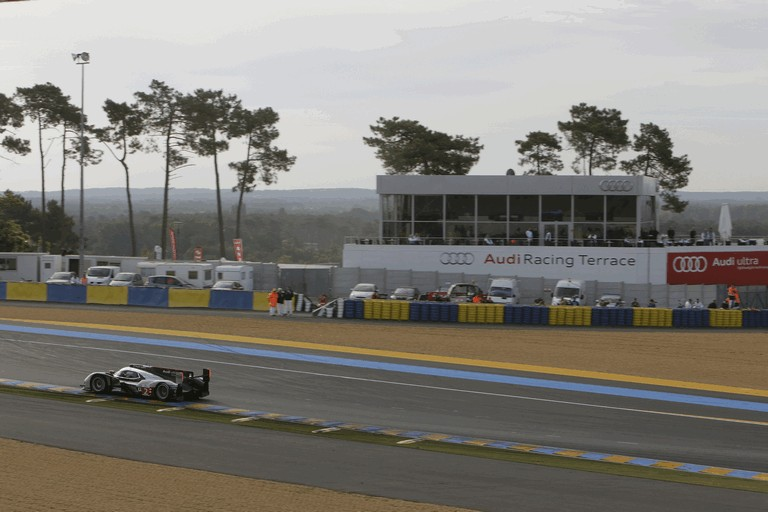 2011 Audi R18 TDI Ultra - Le Mans 24 hours 339247