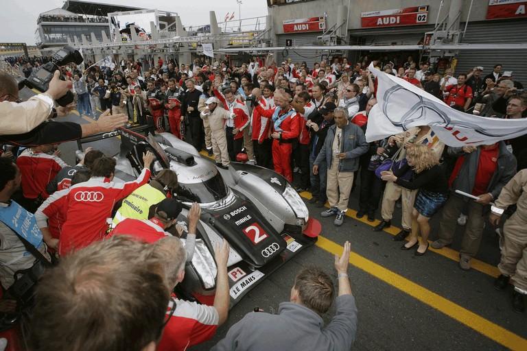 2011 Audi R18 TDI Ultra - Le Mans 24 hours 339261