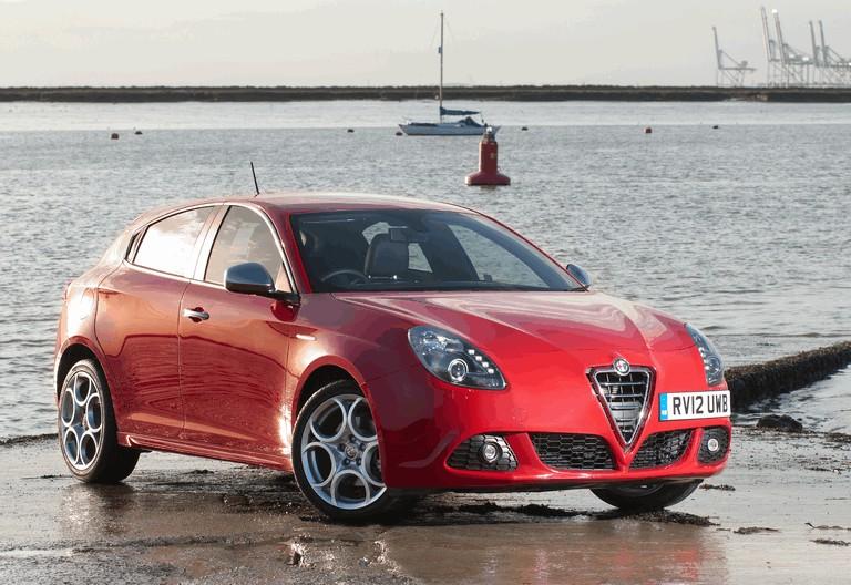 2012 Alfa Romeo Giulietta - UK version 340815