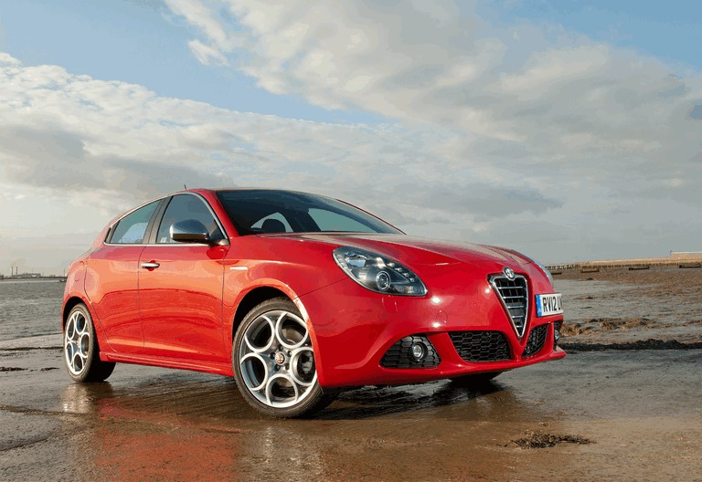 2012 Alfa Romeo Giulietta - UK version 340820