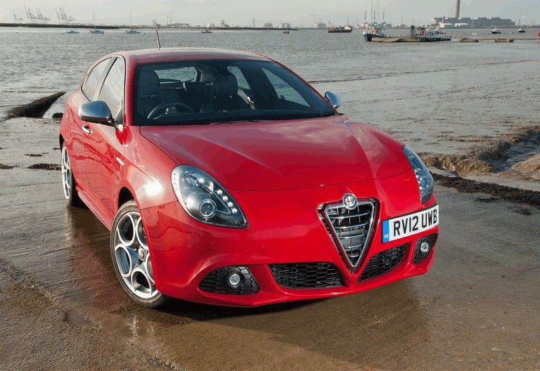 2012 Alfa Romeo Giulietta - UK version 340822