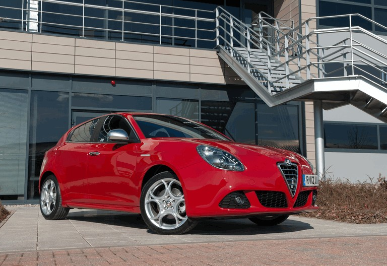2012 Alfa Romeo Giulietta - UK version 340826