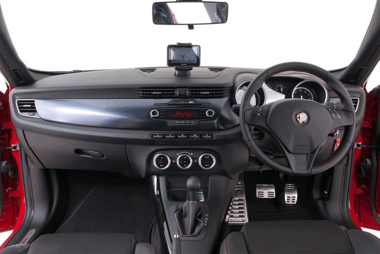 2012 Alfa Romeo Giulietta - UK version 340837