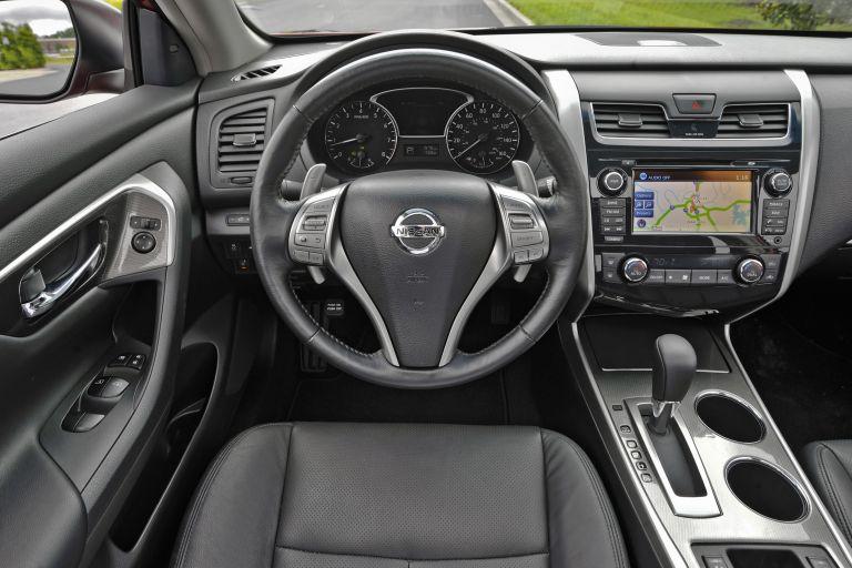 2013 Nissan Altima sedan 530484