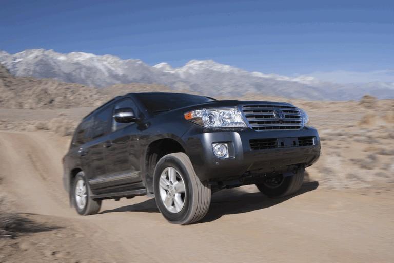 2013 Toyota Land Cruiser 341855